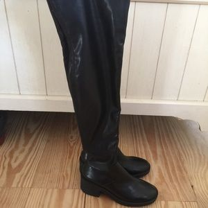 Zara trafaluc above knee black boots size 6.5